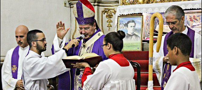 Dom Walmor celebra missa especial a Monsenhor Domingos