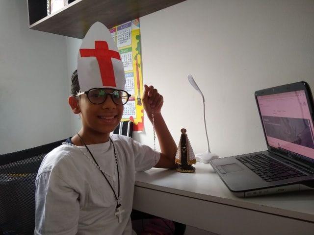 Fantasia e conscientização no Carnaval do Colégio Piedade