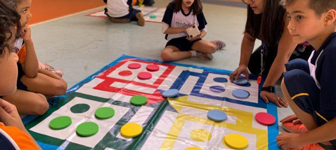 Jogar, brincar e aprender